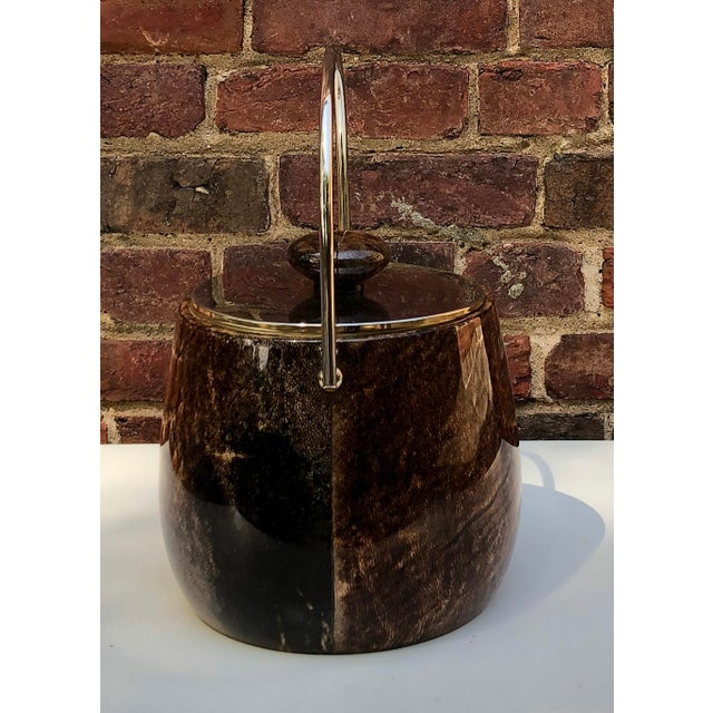 Italian C.1950 Italian Aldo Tura Brown Goatskin and Brass Plate Ice Bucket For Sale - Image 3 of 12