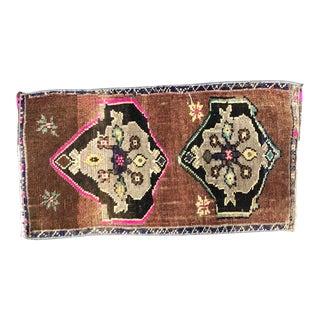 Turkish Oushak Boho Design Antique Small Rug 1′6″ × 2′9″ For Sale