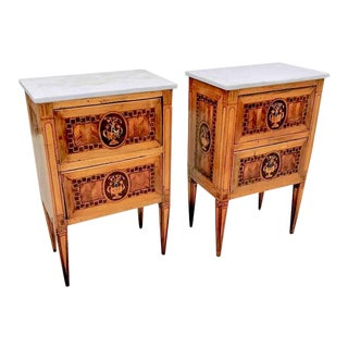 Pair of 18th Century Italian Fruitwood Neoclassical Small Commodes For Sale