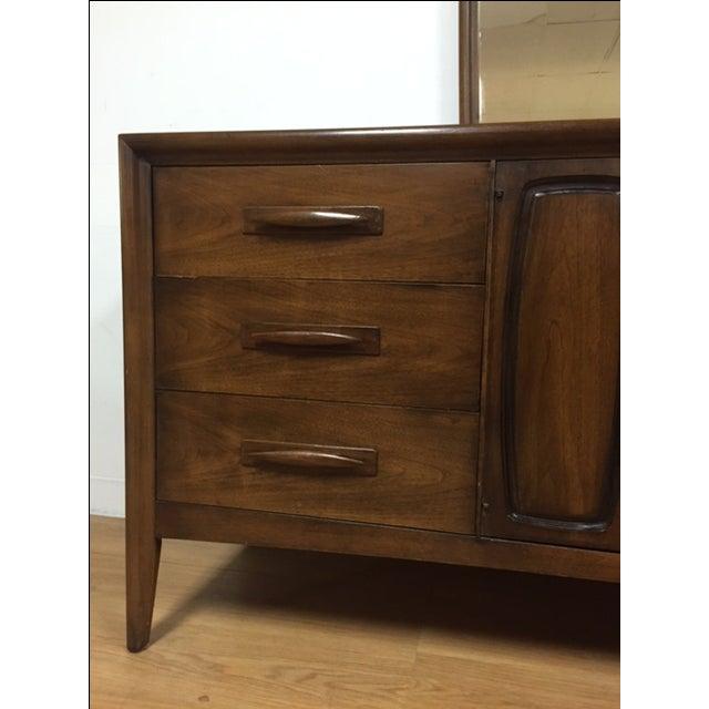 Broyhill Emphasis Mid-Century Dresser & Mirror - Image 9 of 9