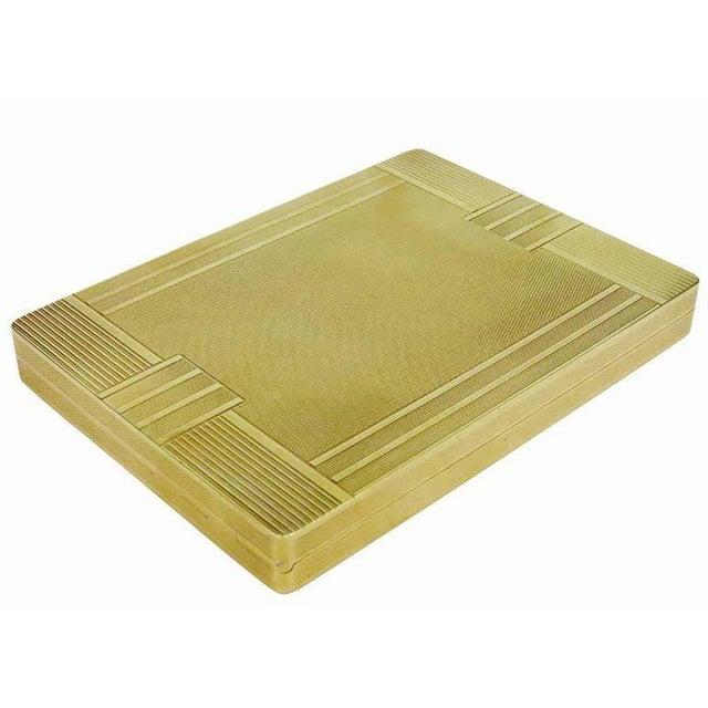 Gold 18-Karat Gold Art Deco Cigarette Case For Sale - Image 7 of 10