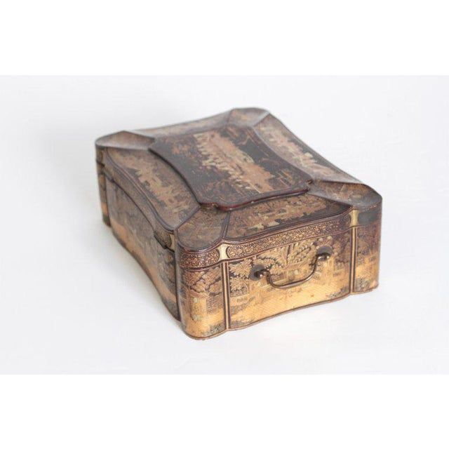 19th Century 19th Century Chinese Export Chinoiserie Lacquer Sewing Box For Sale - Image 5 of 13