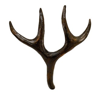 Mule Deer Antler Pull with Traditional Patina For Sale