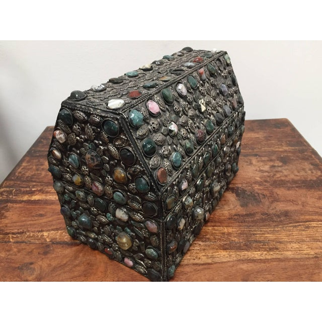 Large Moroccan Wedding Silvered Jewelry Box Inlaid With Semi-Precious Stones For Sale In Los Angeles - Image 6 of 13