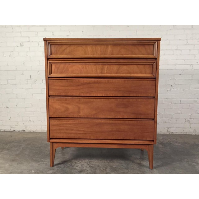 Dixie Mid-Century Modern 5-Drawer Chest Of Drawers / Dresser - Image 3 of 8