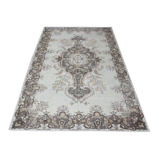 1960s Vintage Turkish Hand-Knotted Rug - 6′ × 10′ For Sale