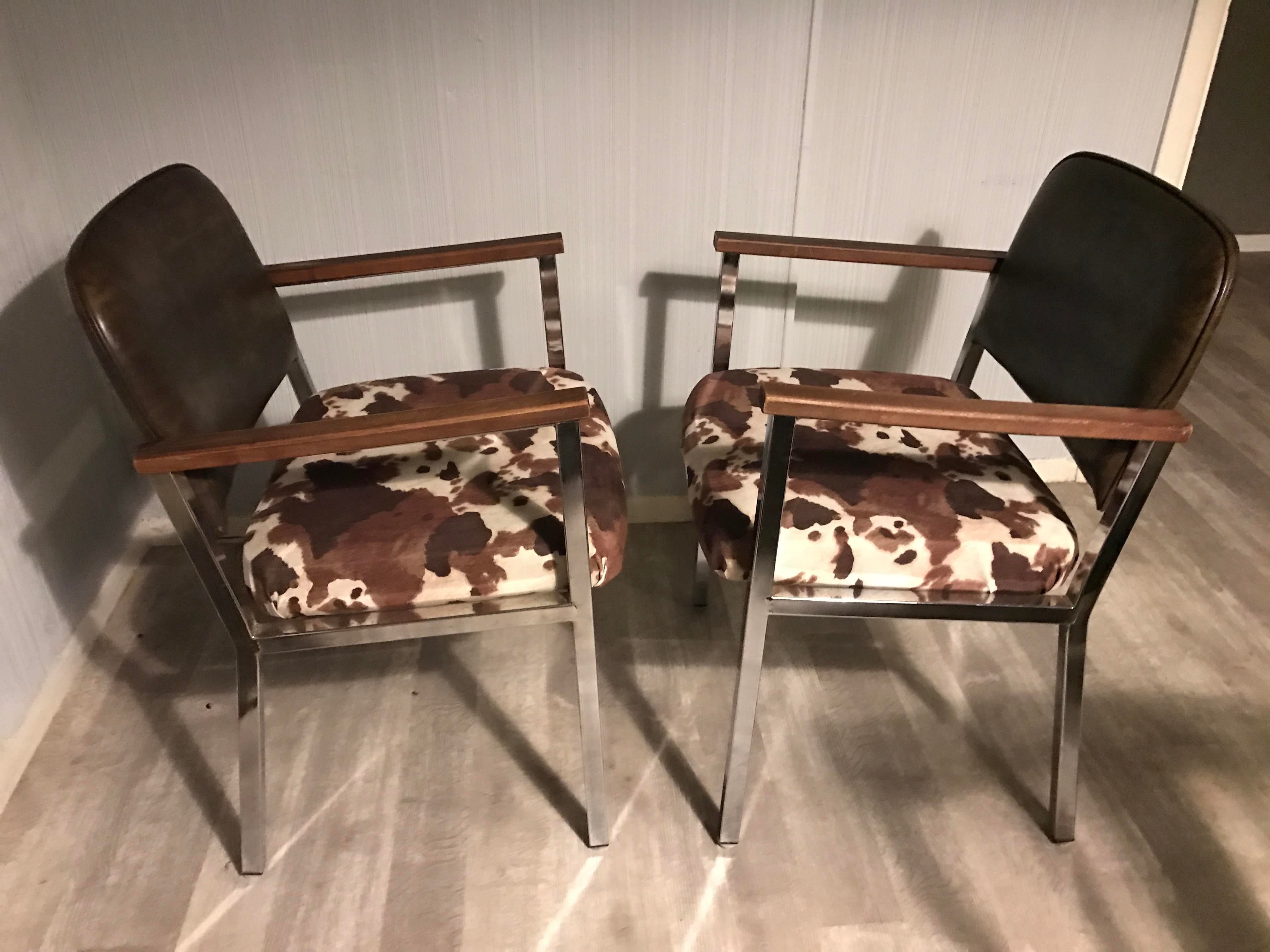 Ordinaire Mid Century Modern Faux Cowhide Chairs   Selling As A Pair   Image 2 Of