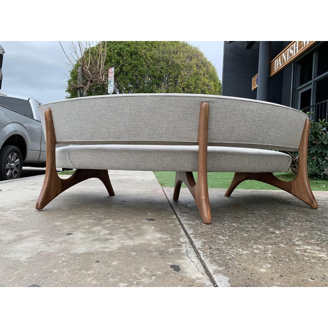 "Mid-Century Modern Custom Sculptural ""Kagan"" Style Sofa For Sale - Image 3 of 5"