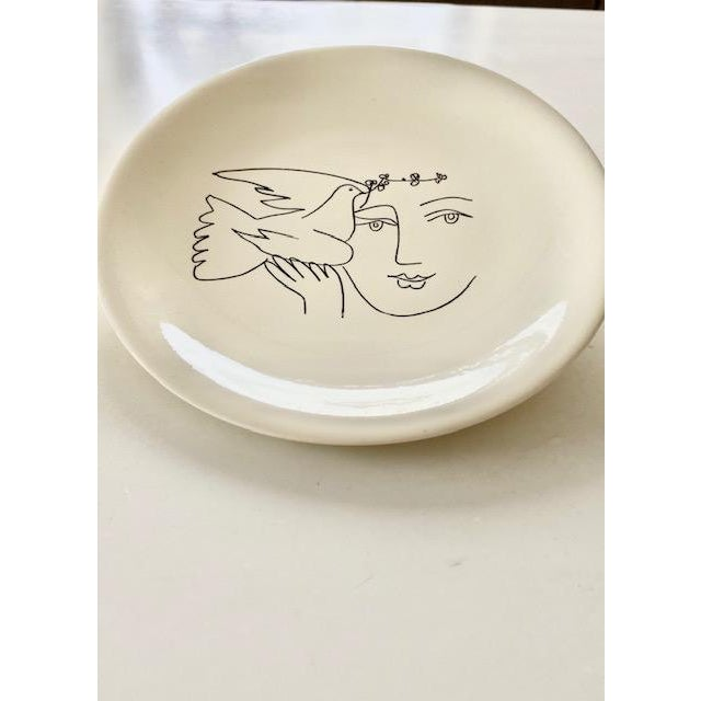 Mid-Century Modern 1960s Picasso Plates From Dove of Peace Series - a Pair For Sale - Image 3 of 8