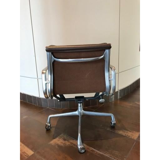Herman Miller Vintage Mid-Century Eames Herman Miller Soft Pad Office Chair For Sale - Image 4 of 13