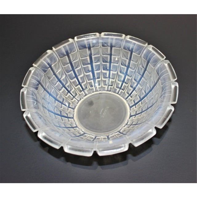 R. Lalique 1928 Acacia Pattern Opalescent Art Deco Crystal Bowl For Sale In West Palm - Image 6 of 12