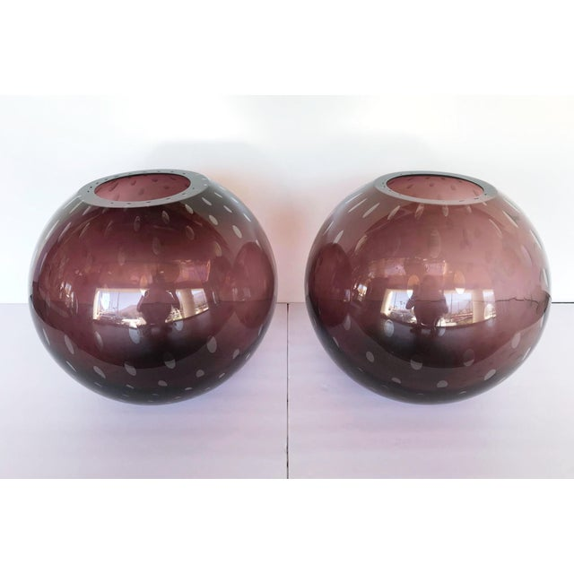 Unique Italian vases or sculptures in thick amethyst Murano glass blown with bubbles inside the glass in Pulegoso...