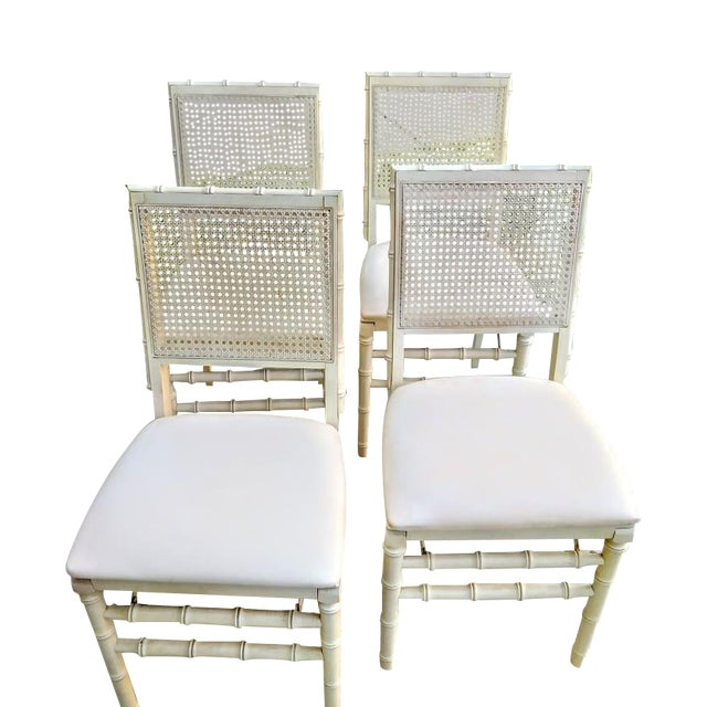 Set of Vintage Stakmore Palm Beach Regency Faux Bamboo Cane Off White Folding Chairs Set of 4 For Sale