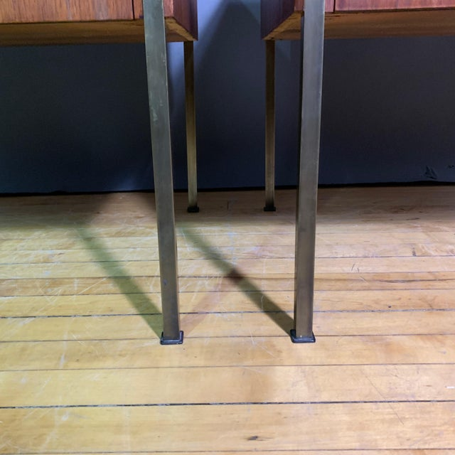 Brown Pair Edmund Spence Walnut and Brass End Tables, Sweden 1945 For Sale - Image 8 of 11