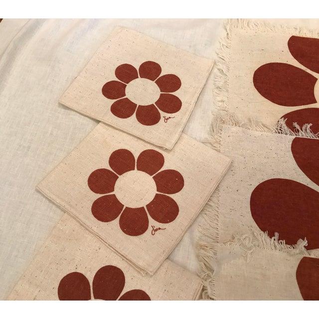 Vintage Floral Placemats & Napkins - Set of 8 For Sale - Image 5 of 10