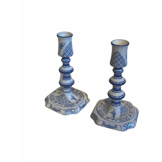 English Vintage Royal Goedewoagen Blue and White Hand Painted Candlesticks Made in Holland - Set of 2 For Sale - Image 3 of 8