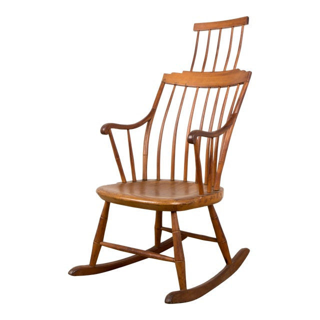 Mid 19th Century Antique American Comb-Back Windsor Rocker For Sale