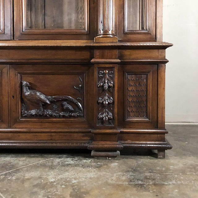 Brown Grand 19th Century Italian Walnut Neoclassical Bookcase For Sale - Image 8 of 13