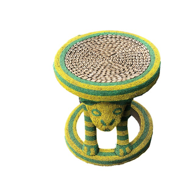 """Lg African Beaded Wood Bamileke Stool /Table Cameroon 18.5'""""h For Sale - Image 10 of 11"""