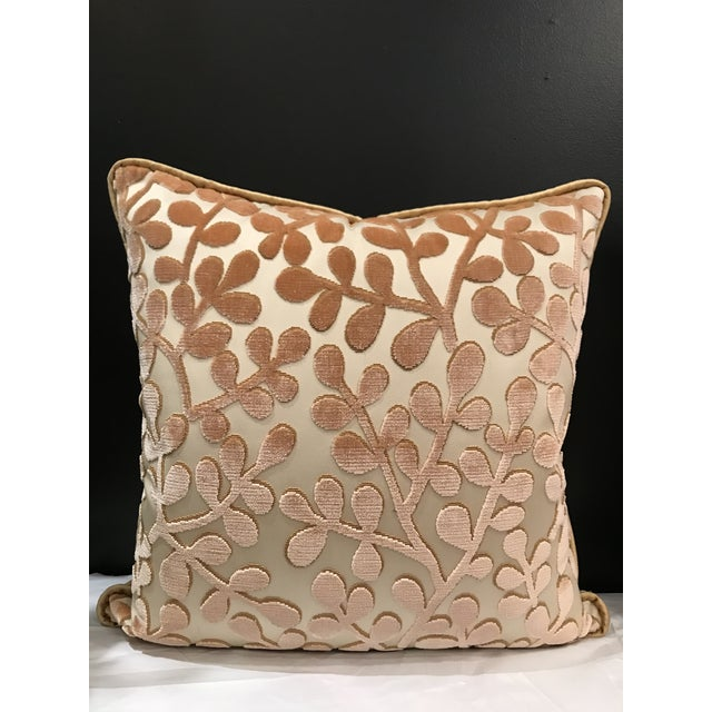 A pair of lumbar pillows Beacon Hill Summer Sonata in Shell of silk and cotton with a sand color velvet corded edge.Pillow...