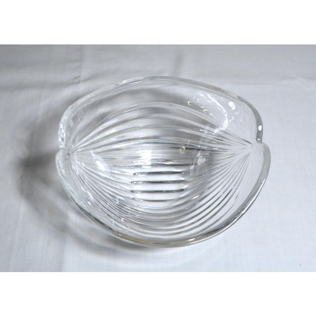 Glass 1980s Abstract Anna Hutte Modern Art Glass Bkeikristal Blue & Clear Glass Bowl For Sale - Image 7 of 11