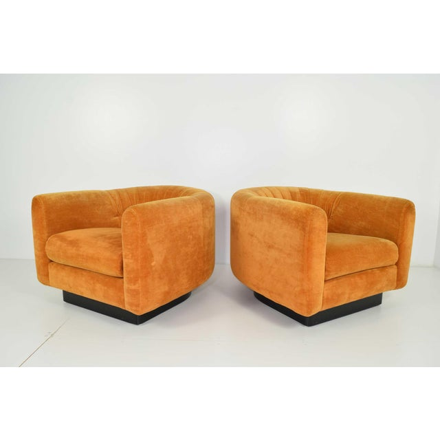 Pair of Milo Baughman Style Lounge Chairs by Metropolitan Furniture - Image 4 of 9