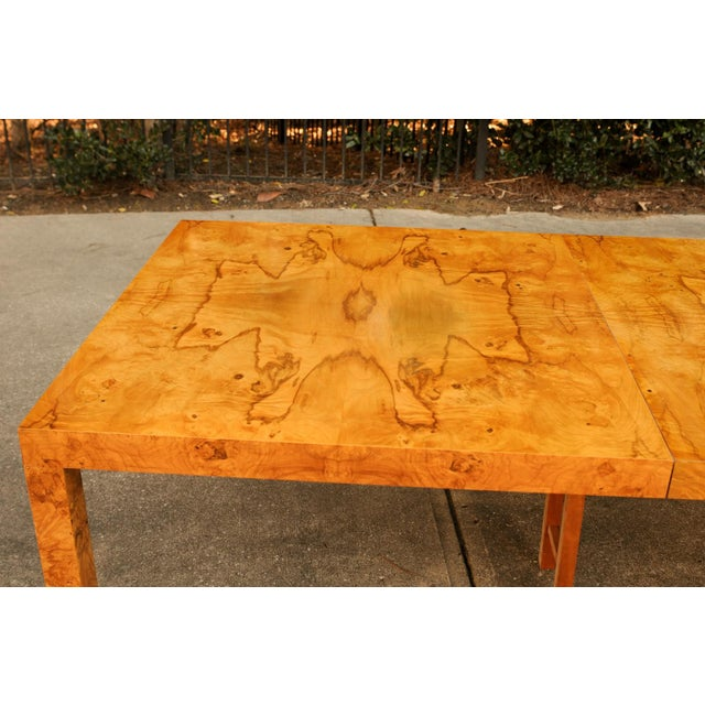 Magnificent Restored Butterfly Patterned Olivewood Dining Table by Milo Baughman for Directional For Sale - Image 9 of 11