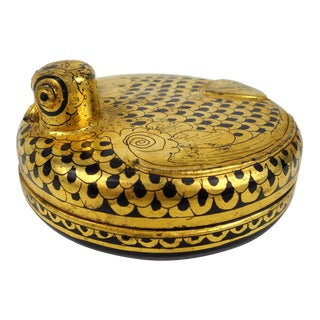 Vintage Burmese Lacquered Bird Box For Sale