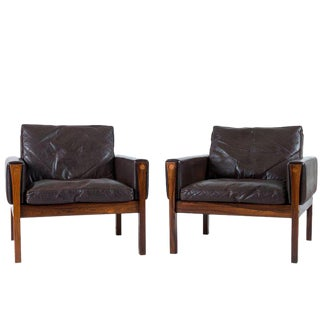 Pair of Hans Wegner AP 62 Lounge Chairs For Sale
