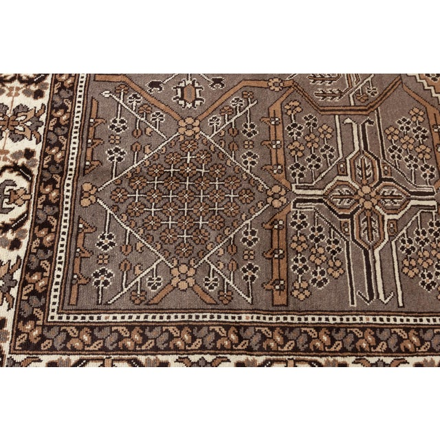 """Antique Mahal Rug, 8'10"""" X 11'3"""" For Sale - Image 4 of 7"""