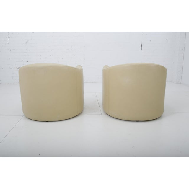 Leather Leather Barrel Back Chairs, Metropolitan 1970's For Sale - Image 7 of 13