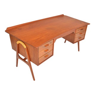 Svend Madsen Bow Edge Executive Desk in Teak For Sale