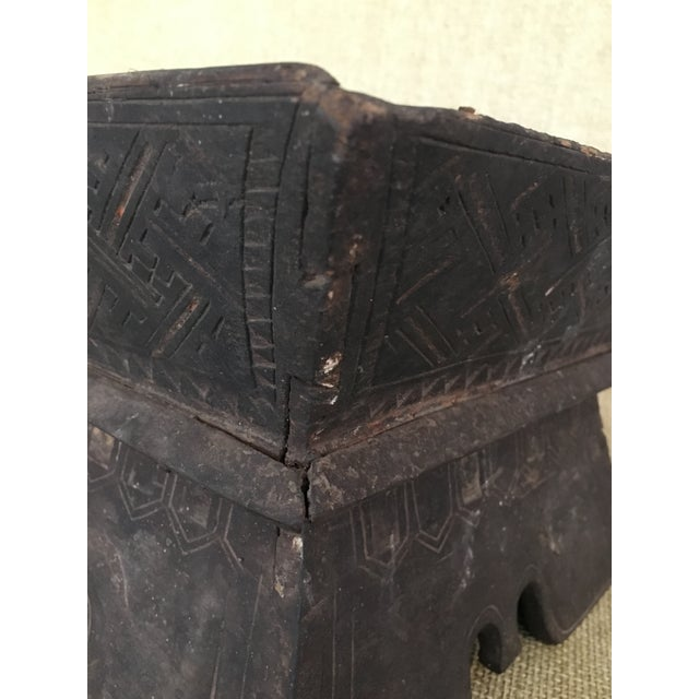 Brown Early 20th Century Traditional Decorated Wood Box For Sale - Image 8 of 11