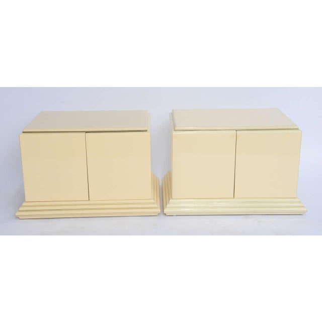 1970s Mid-Century Modern Rougier Cream Lacquer Bedside Tables - a Pair For Sale - Image 9 of 9