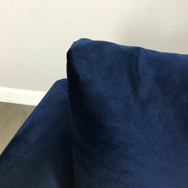 Modern Royal Velvet Navy Blue Sofa - Image 4 of 11
