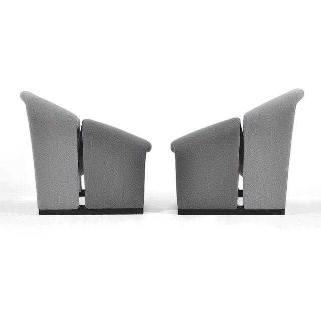 1960s Pair of Pierre Paulin Model F580 Lounge Chairs by Artifort For Sale - Image 5 of 12