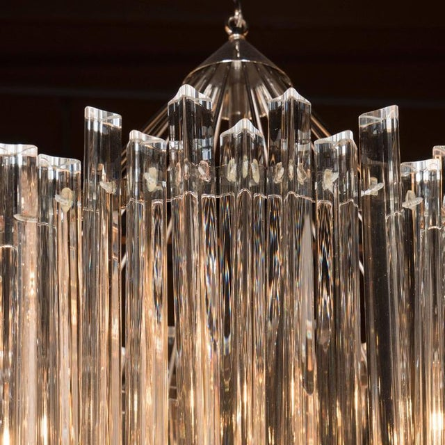 Silver Sophisticated Mid-Century Single-Tier Stepped Triedre Chandelier by Camer For Sale - Image 8 of 9