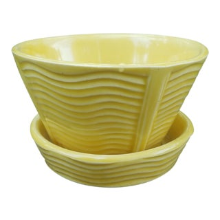1940s Americana McCoy Pottery Waves Planter With Saucer For Sale