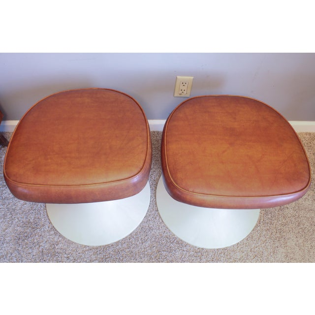 Plastic 1970's Vintage Louisville Chair Company Tulip Stools - Pair For Sale - Image 7 of 11