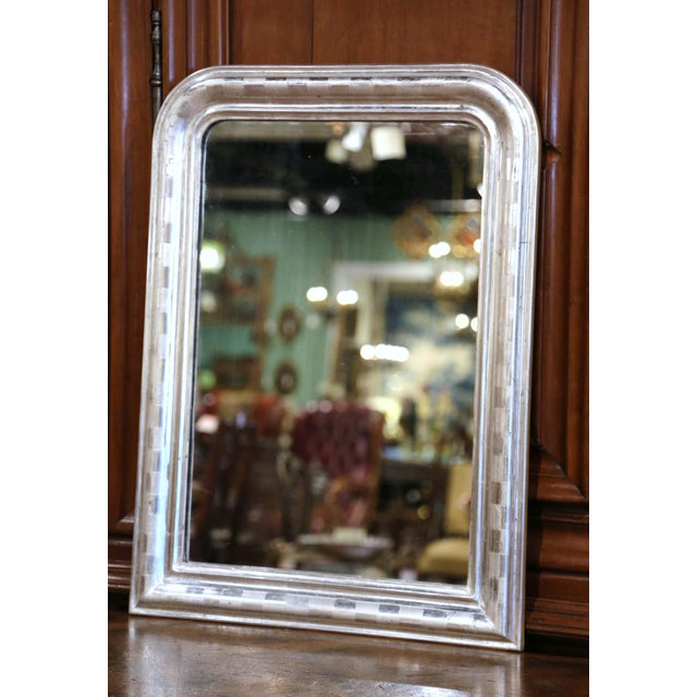 French 19th Century Louis Philippe Silver Leaf Mirror With Engraved Stripe Decor For Sale - Image 3 of 7