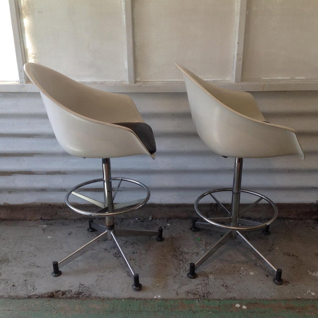 Vintage Cosco Shell Bar Stools- A Pair - Image 3 of 11