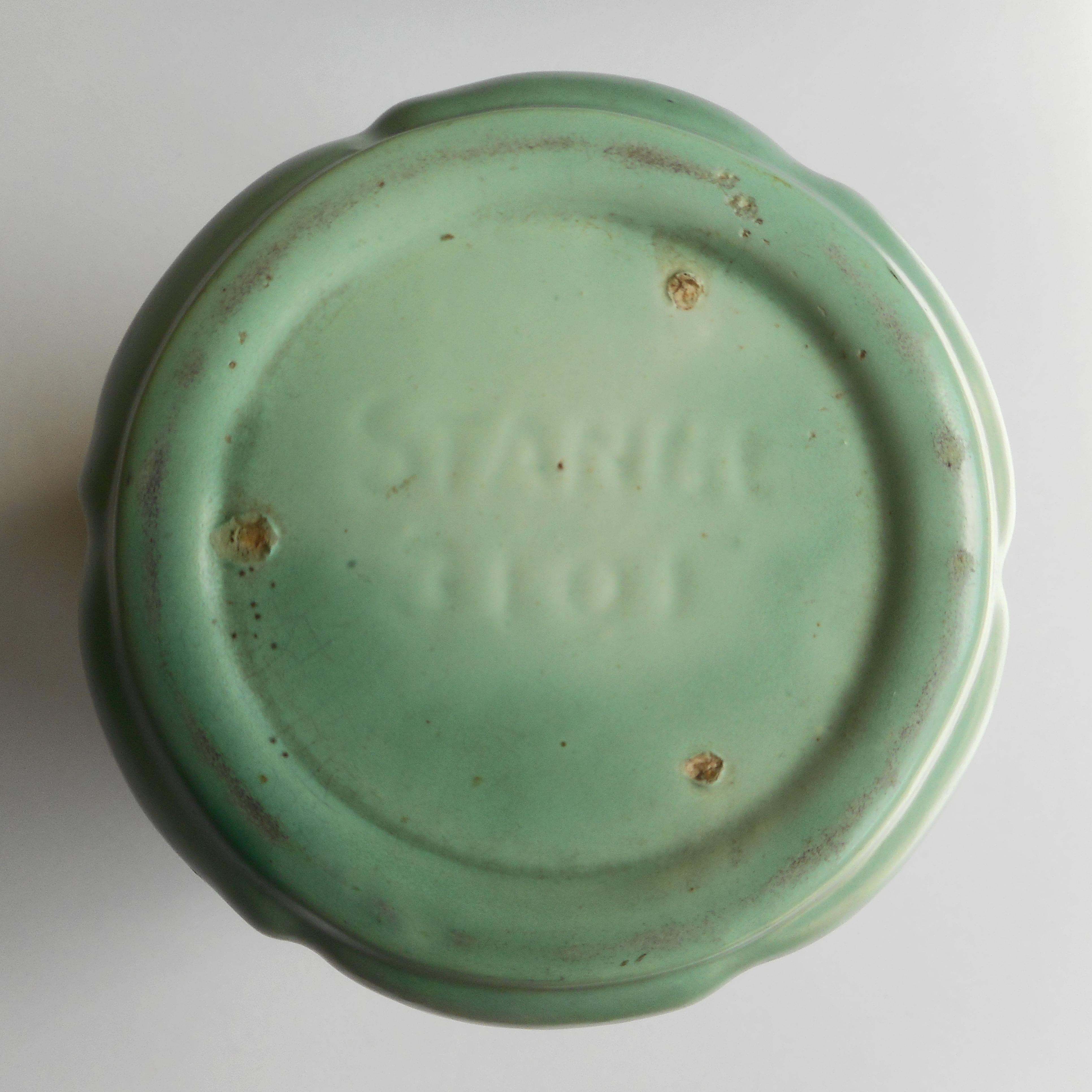 1930s Art Deco Stangl Green Signed Stangl Pottery Vase - Image 6 of 8 & 1930s Art Deco Stangl Green Signed Stangl Pottery Vase | Chairish