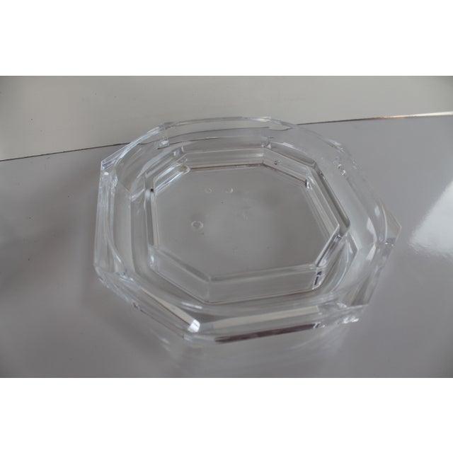 Albrizzi Style Mid-Century Lucite Ice Bucket - Image 6 of 9