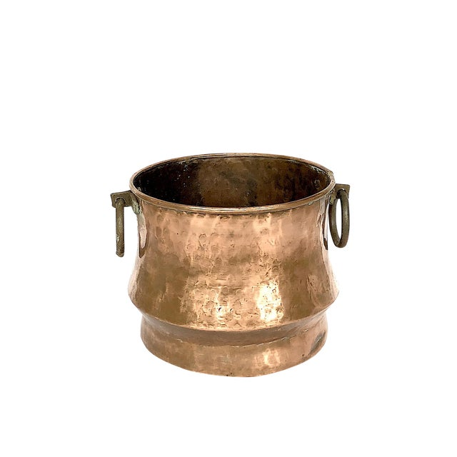 1940s Country Hammered Copper Cache Pot Planter For Sale
