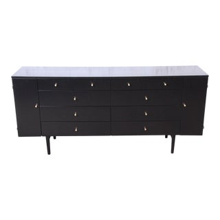 Paul McCobb Planner Group 20-Drawer Dresser or Credenza, Newly Restored For Sale