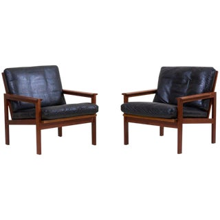 Pair of Lounge Chairs in Teak and Leather by Danish Architect Illum Wikkelsø For Sale