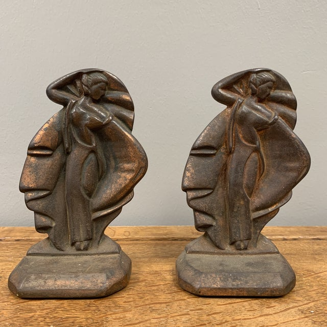 1930s Iron Art Deco Bookends - a Pair For Sale In Los Angeles - Image 6 of 6
