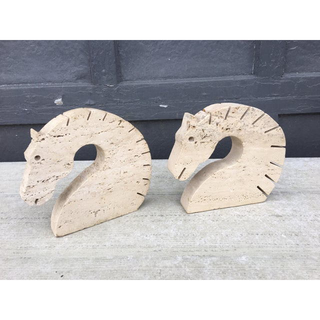 Mid-Century Modern Travertine Marble Horse Head Bookends by Fili Mannelli for Raymor For Sale - Image 3 of 10