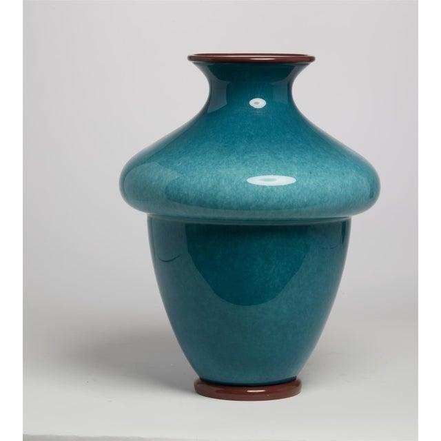 "Mid-Century Modern 1950's Barovier & Toso Blue Murano Italian Art Glass 16"" Vase For Sale - Image 3 of 4"