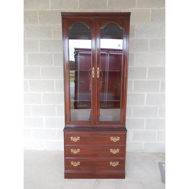 Chippendale Ethan Allen Georgian Court Bookcase For Sale - Image 3 of 9